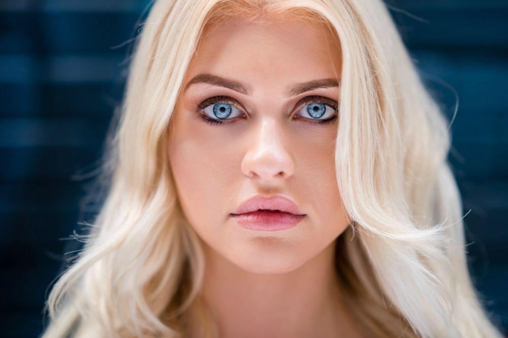 вебкам модель Леди