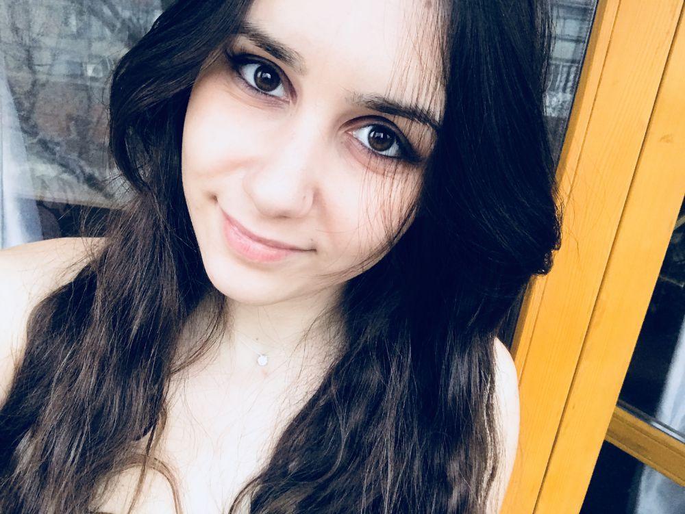 вебкам модель Irena
