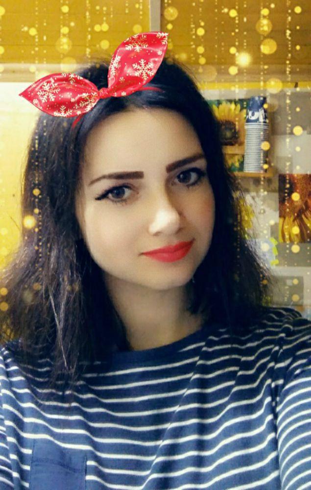 вебкам модель КраснаяШапочка